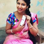 Alya Manasa, Raja Rani Serial Heroine, pink saree, makeup kit
