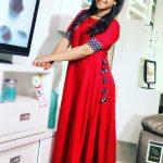 Alya Manasa, Raja Rani Serial Heroine, red dress, without makeup