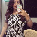 Bommu lakshmi, 90 ml actress, mobile