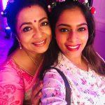 Keerthi Shanthanu, Poornima Bhagyaraj, selfie, hd