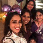 Keerthi Shanthanu, selfie, family, mother, sister