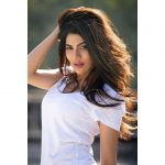 Nikki Tamboli, Cheekati Gadhilo Chithakottudu Heroine, Smart