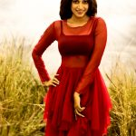 Oviya, Photoshoot, red dress, latest, tamil actress