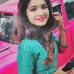 Sharanya Turadi, Run Serial, Sun Tv, pink car