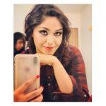 Shritha Sivadas, malayalam actress, selfie, Dhilluku Dhuddu 2