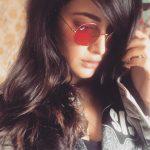 Shruti Haasan, stylish, hd, cooling glass, hd