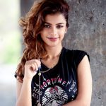 monisha ram, 90 ml actress, black t shirt, brown hair