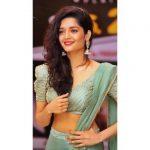 Ritika Singh, glamour
