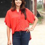 Sai Dhanshika, Vaalujada Actress, red dress