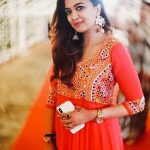 Soundarya Bala Nandakumar, yours shamefully 2 Heroine,orange chudi
