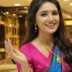Vani Bhojan, latest, saree, hai